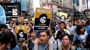 Hong Kong: The Truth Walks the Streets!